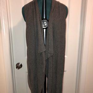 Apt 9 - Like new - Grey fashion vest